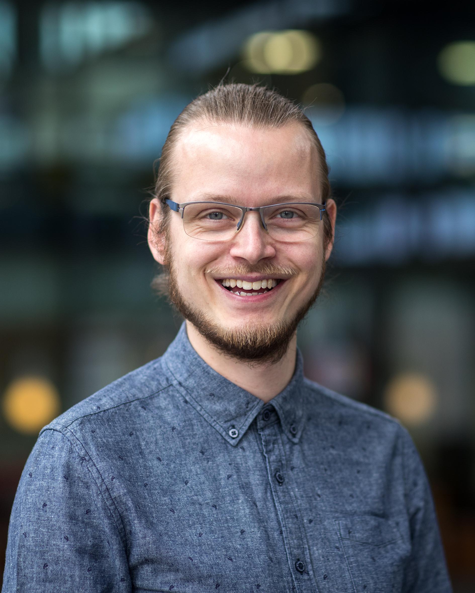 Bruinhorst, dr.ir. A. van den