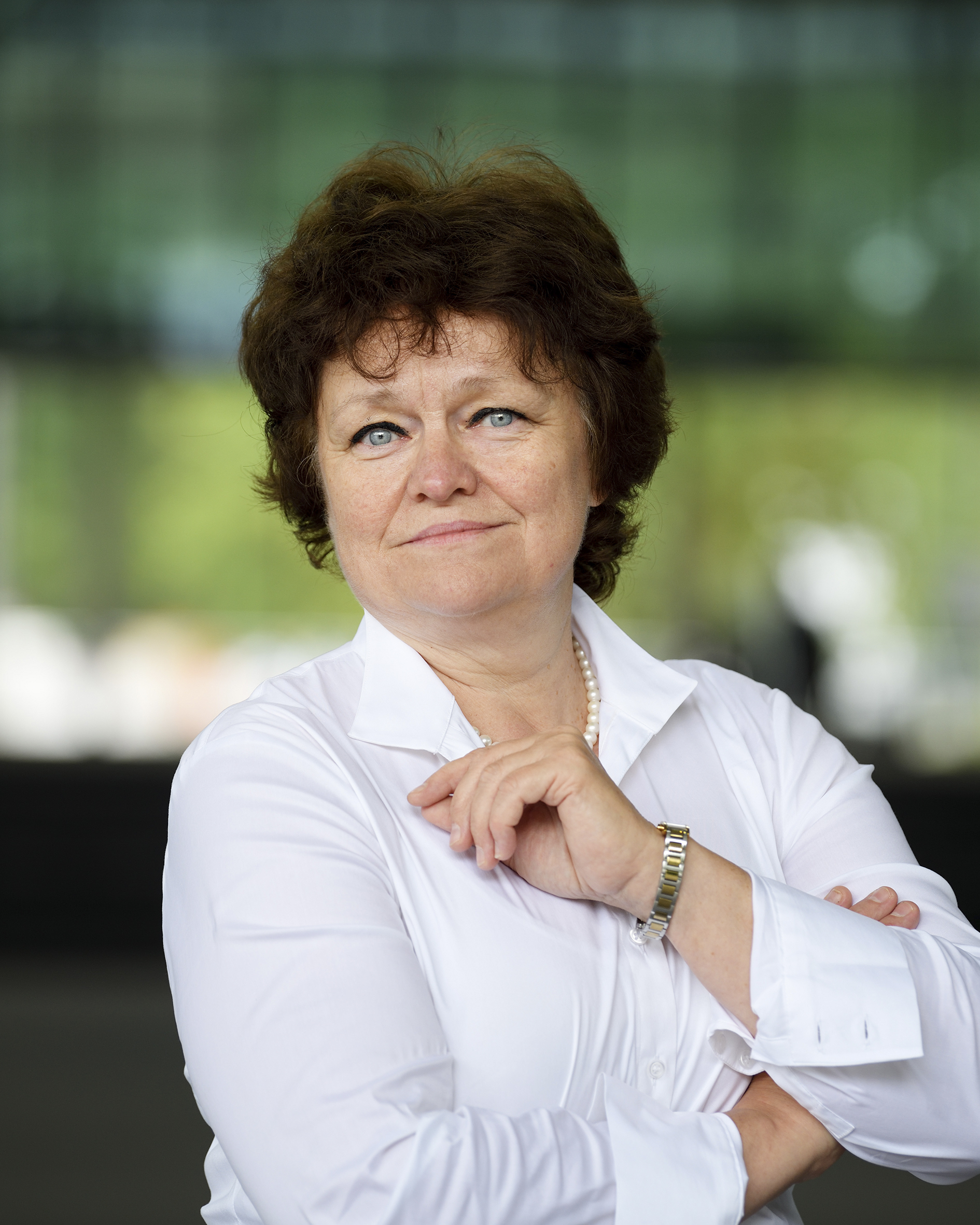 Lomonova, prof.dr. E.