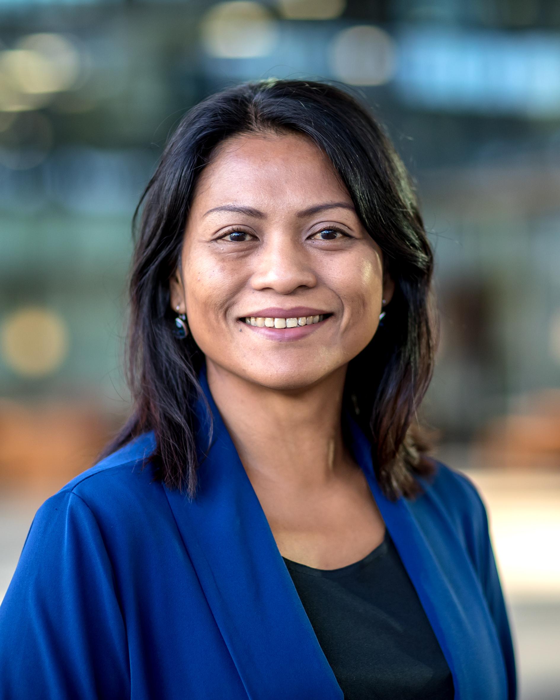 Yuana, dr. Y.