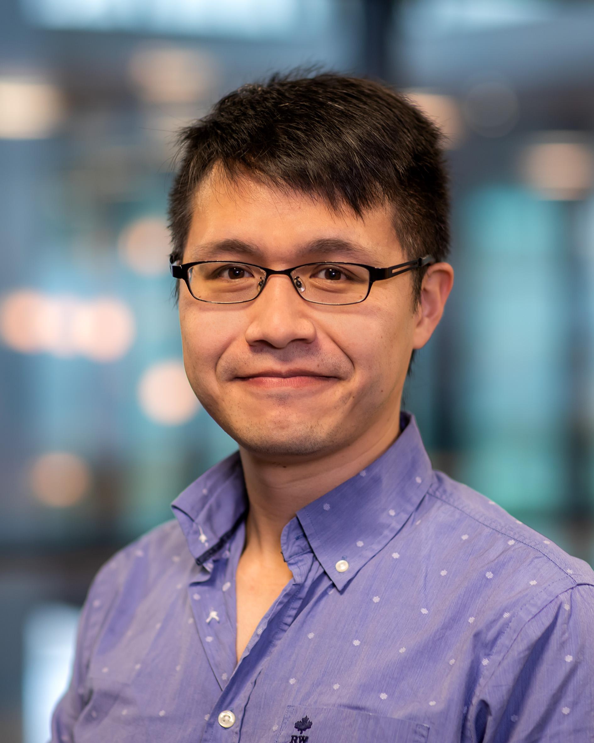 Liang, dr. J.