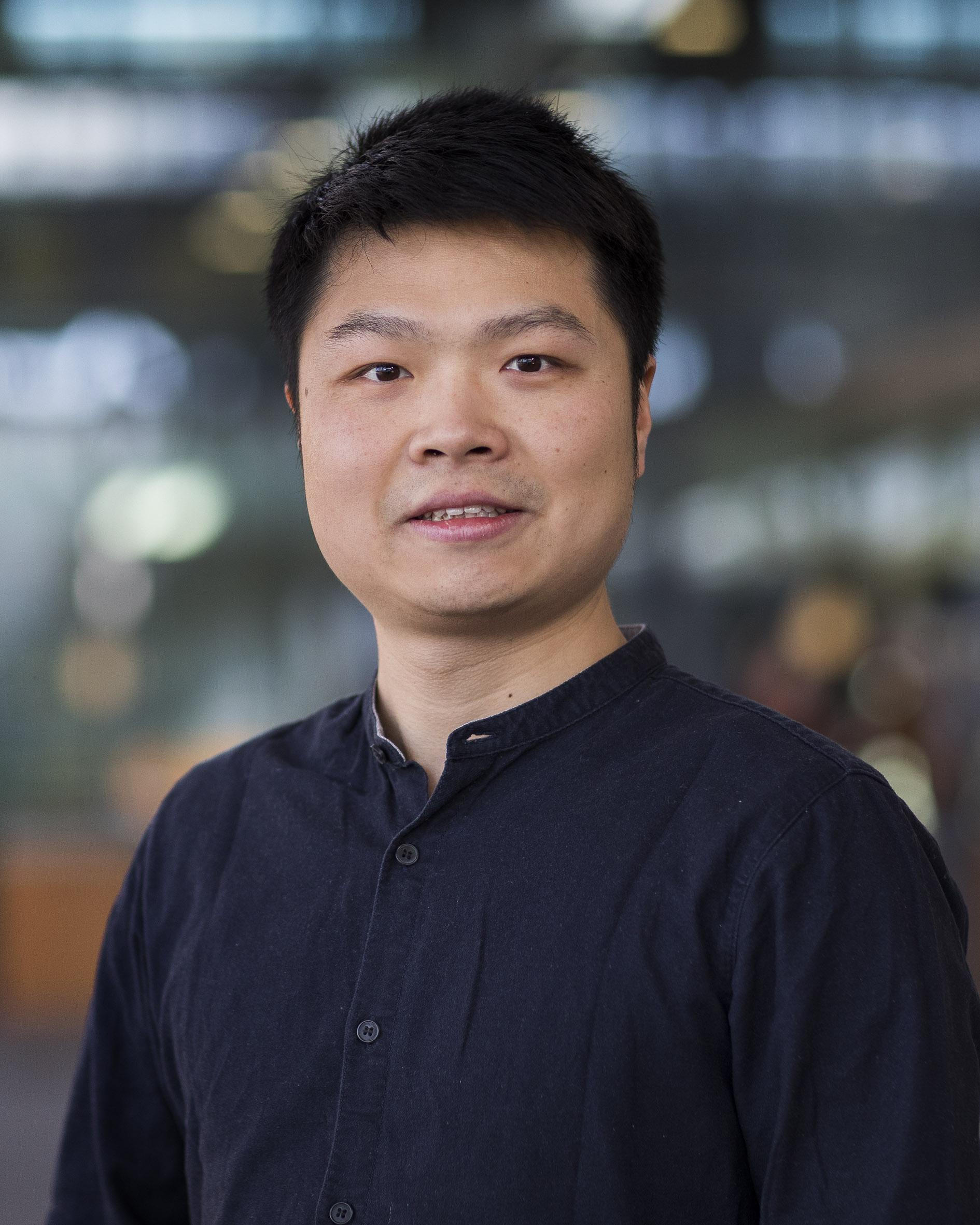 Chen, dr. Y.