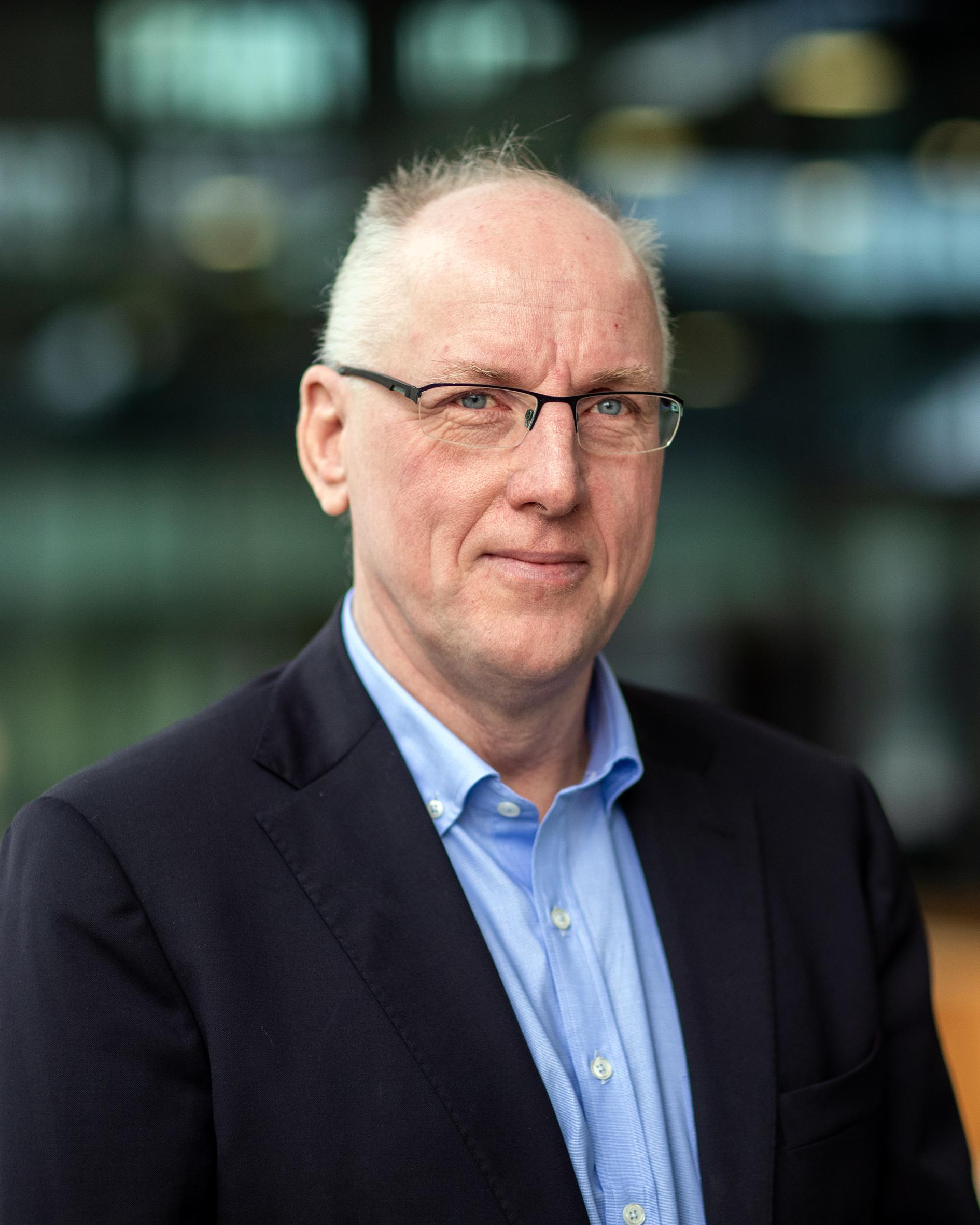 Huijsmans, prof.dr.ir. G.T.A.