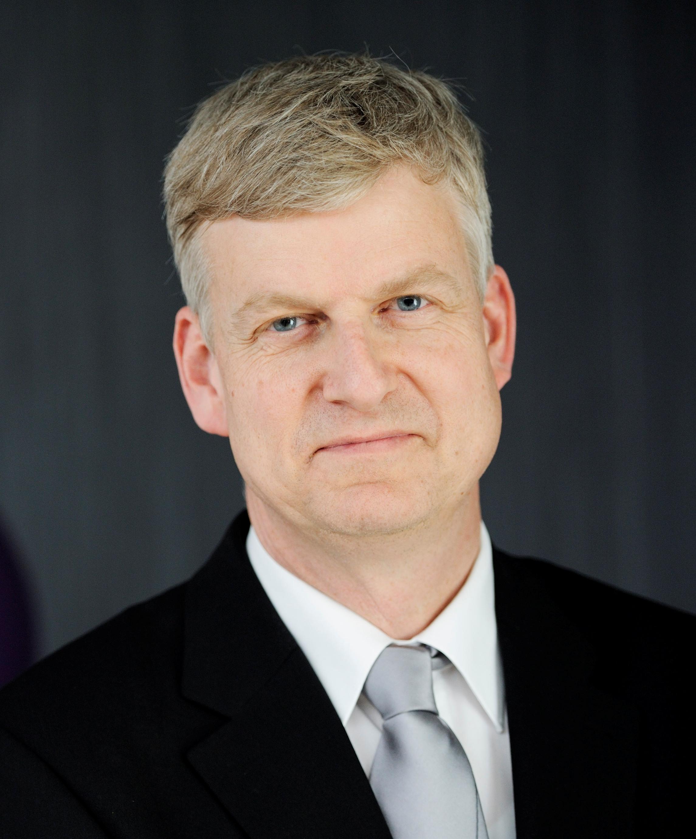 Aalst, prof.dr.ir. W.M.P. van der