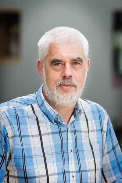 Lukkien, prof.dr. J.J.