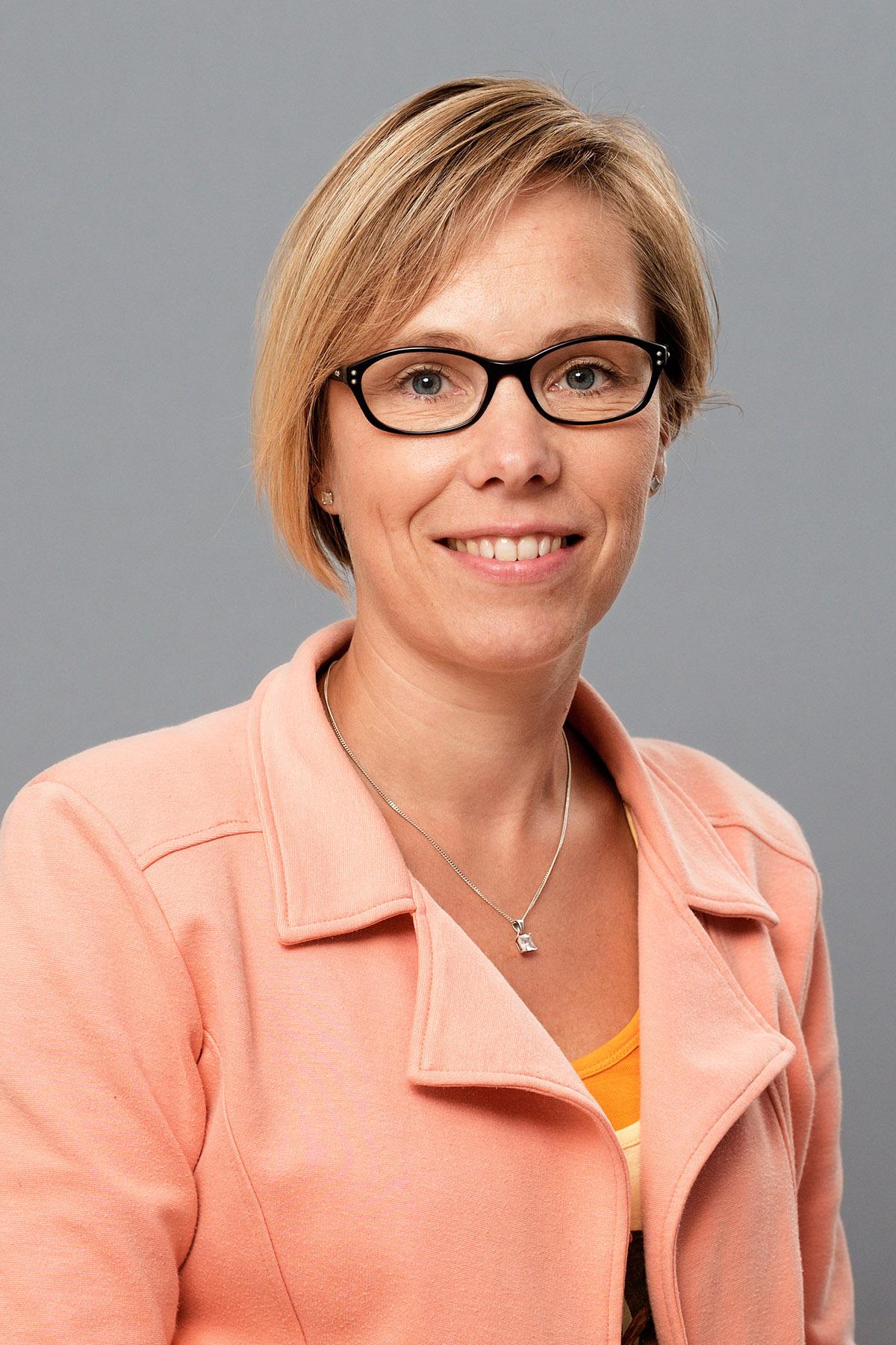 Driessen - Mol, dr. A.