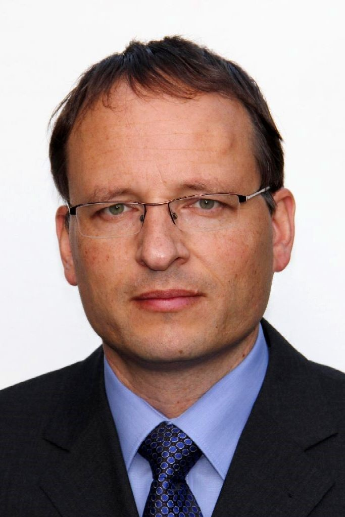 Zegelaar, prof.dr.ir. P.W.A.