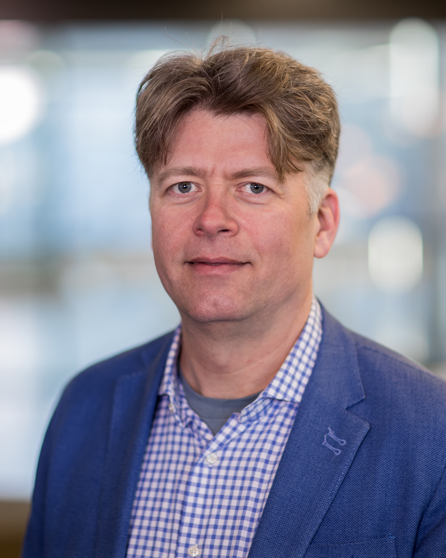 Rooij, prof.dr.ir. G.J. van