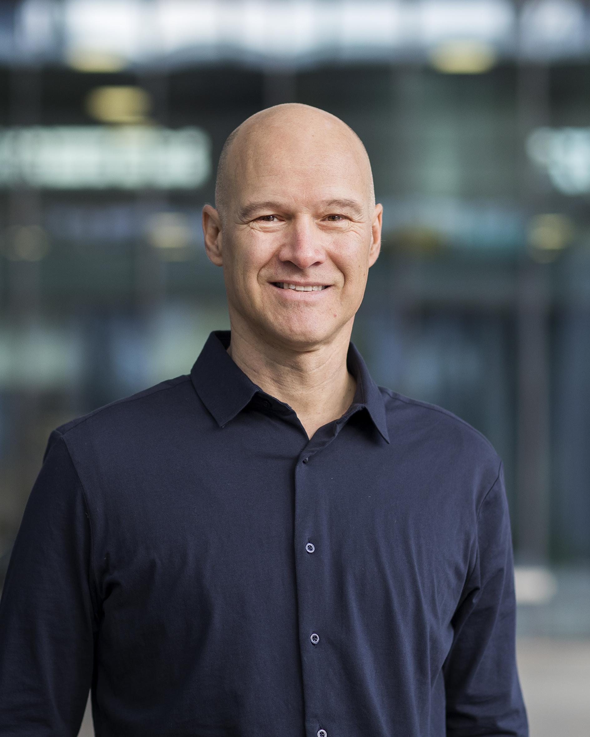 Vries, prof.dr.ir. A. de