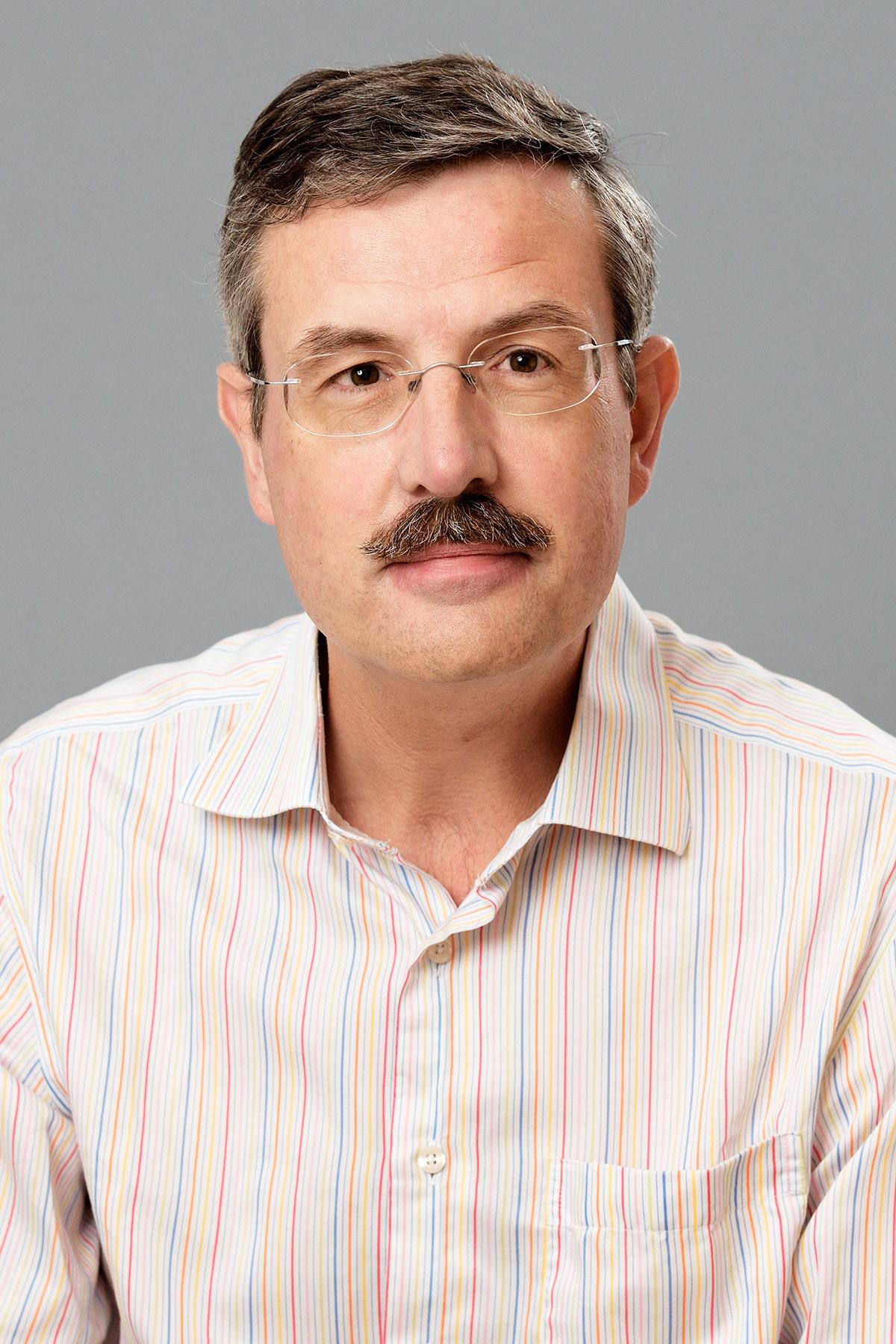 Genderen, dr.ir. M.H.P. van