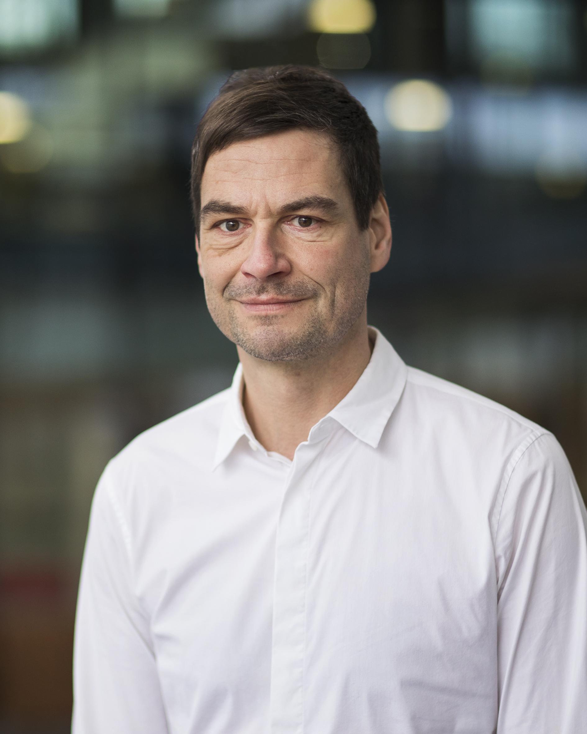 Schröder, dr. Dipl.-Ing. T.W.A.