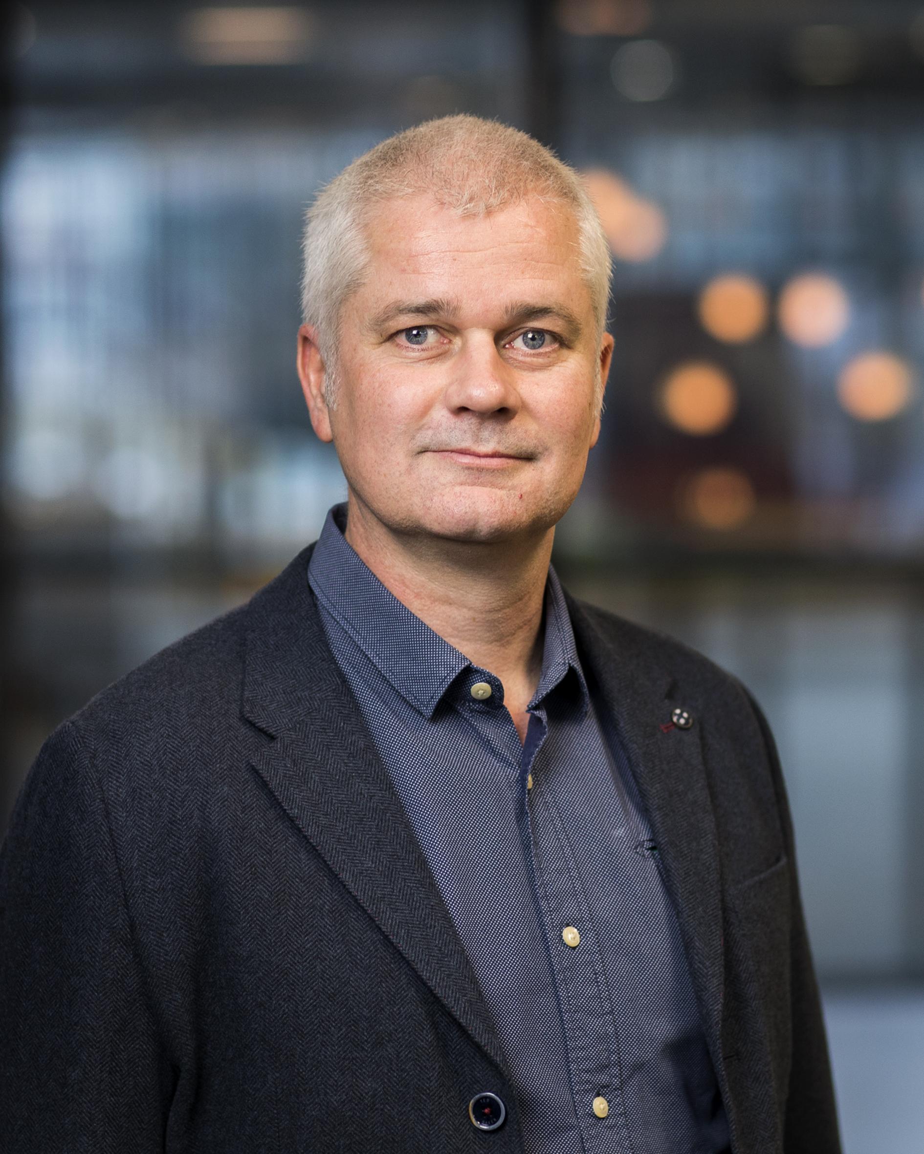 Toonder, prof.dr.ir. J.M.J. den
